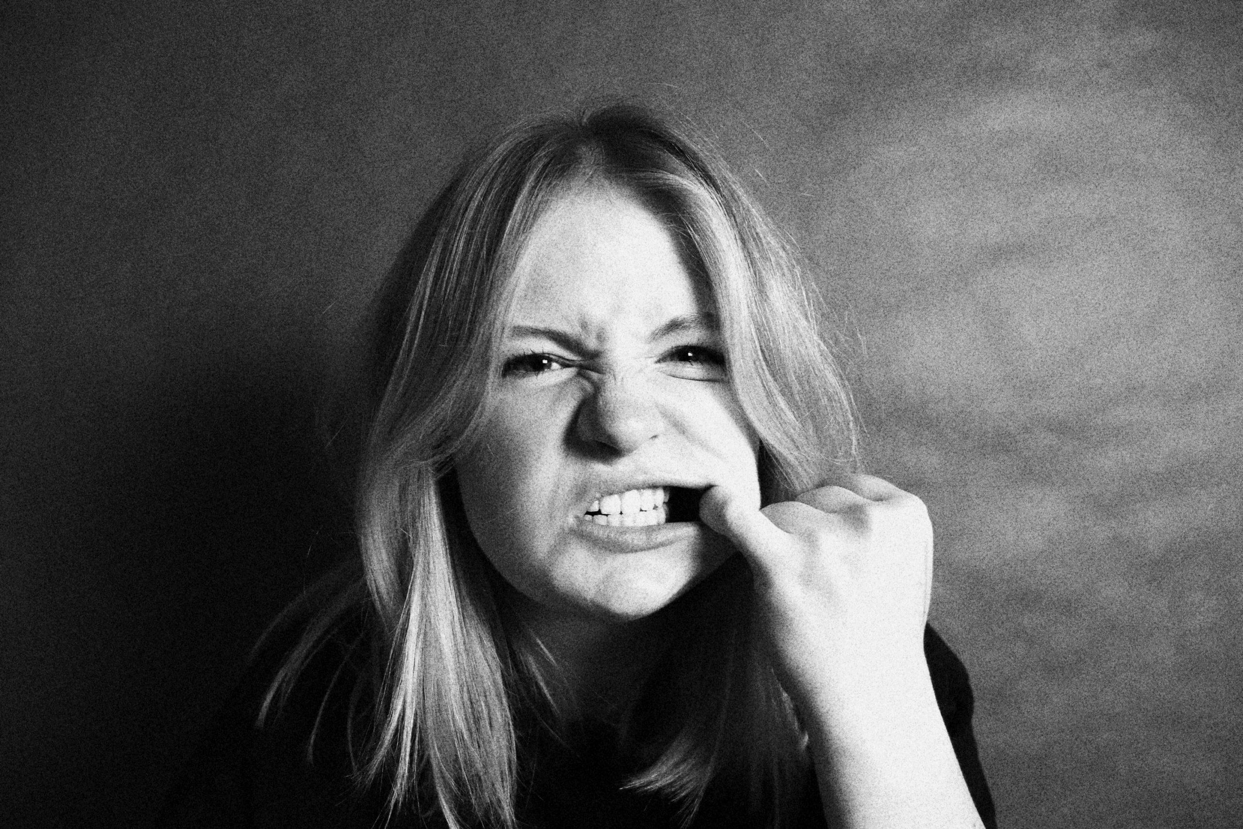Heb je tandvleesontsteking? Dit zijn 4 mogelijke gevolgen.